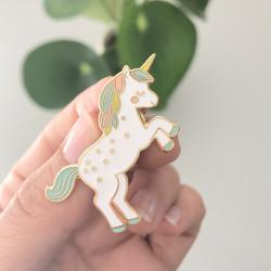 Pin's grand licorne multicouleur-detail